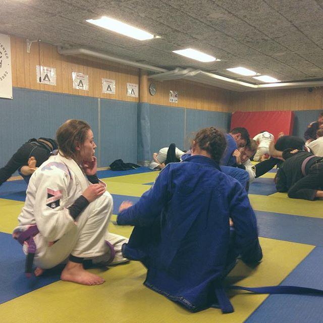 Finbesök av @sbg_norrkoping och @3dtreening idag. Fyra timmar öppen matta  #bjj #stockholmbjjcenter #sbjjc #sbgi #sbgnorrköping #sbgestonia #3dtreening