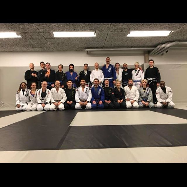 We had the big pleasure to have @dubious_dom here for a seminar this Saturday️Thank you for giving us a bunch of new techniques to work on!